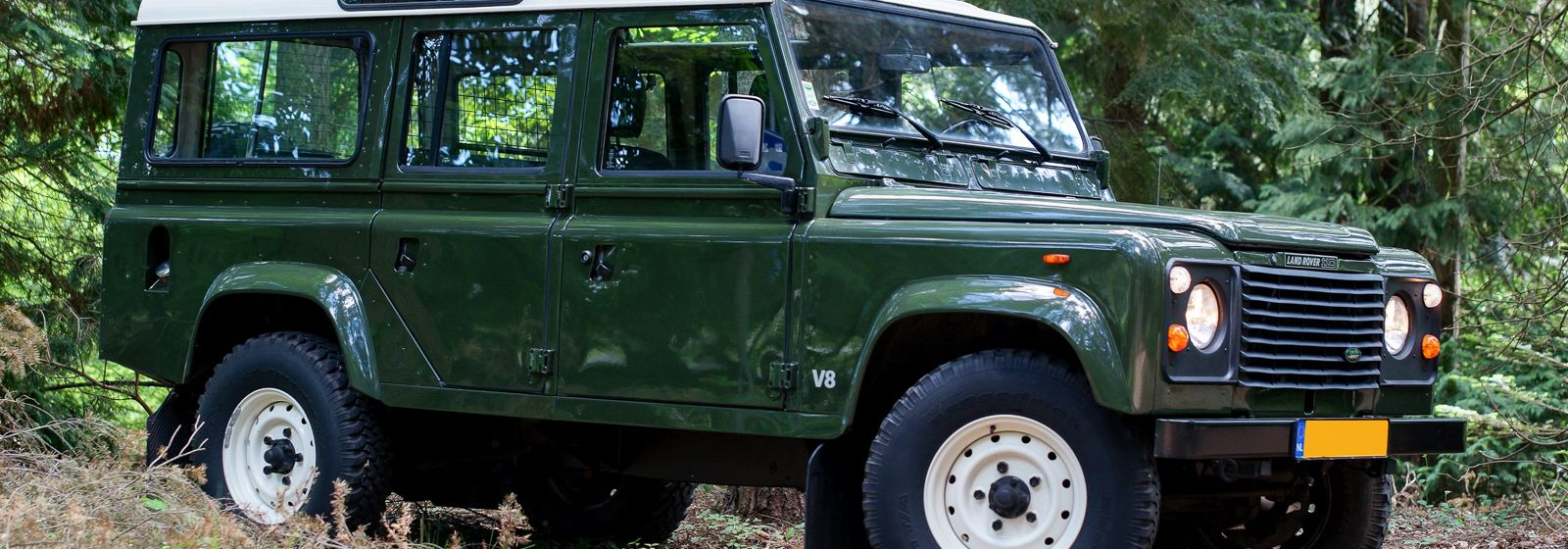 Land Rover 110 Defender V8